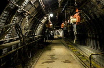 Oil removal in mining and tunneling industry