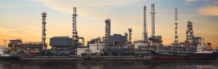 Skimming Oil at Petrochemical Plants